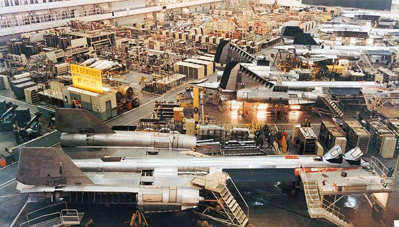 SR-71 en construcción