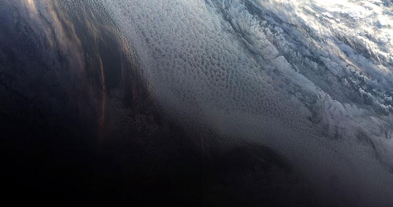 Caen las nubes sobre el Ártico…