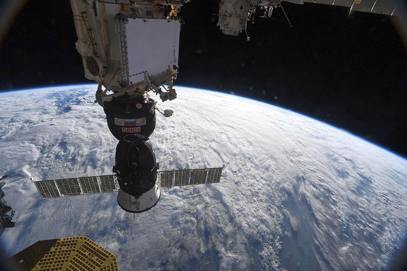 La Soyuz MS-09 en la EEI