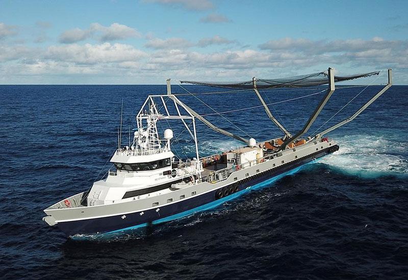 Mr. Steven, el barco cazador de cofias