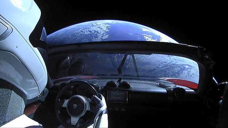 Un coche con vistas