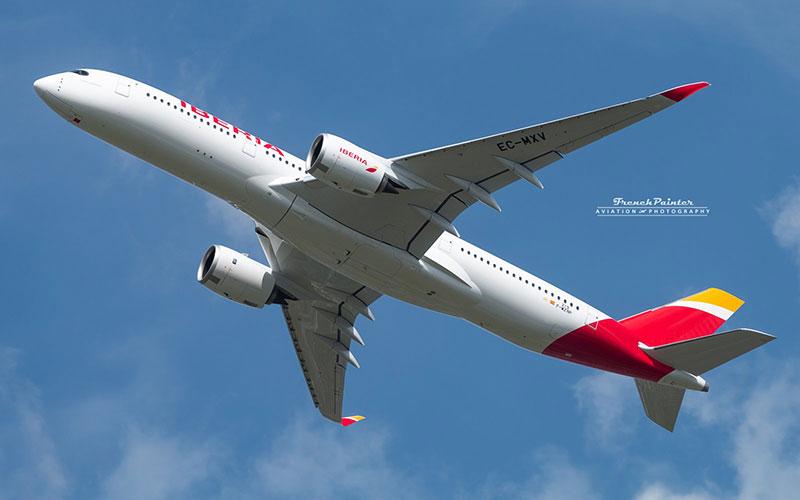 Vuelo de aceptación del primer A350 de Iberia