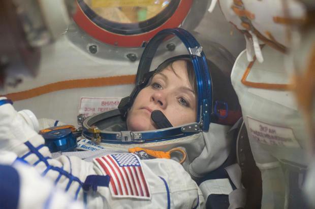 Anne McLain en la Soyuz MS-11