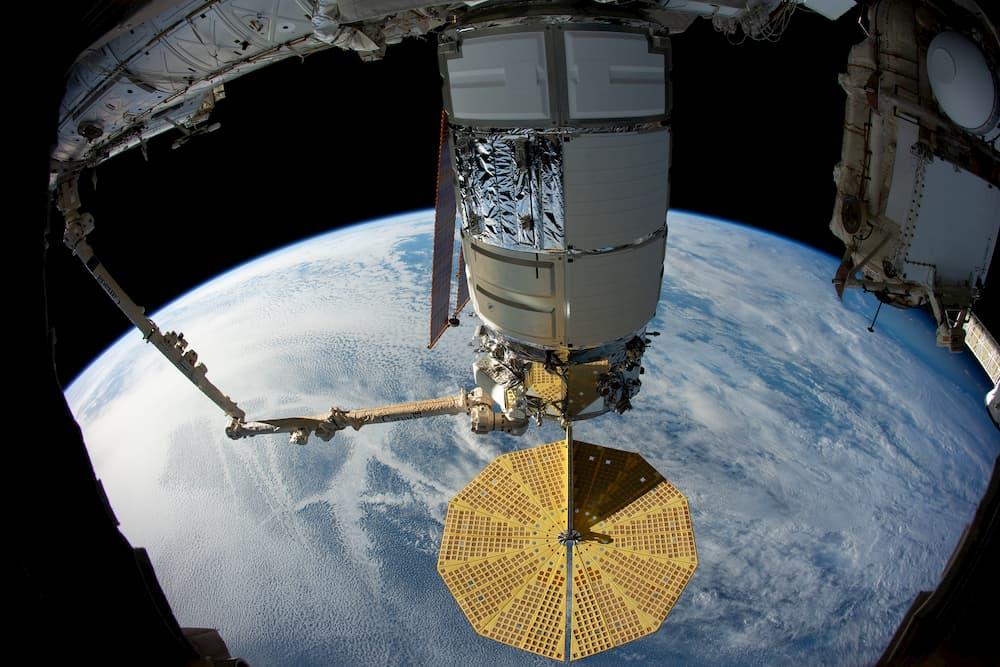 La Cygnus 12 en la EEI