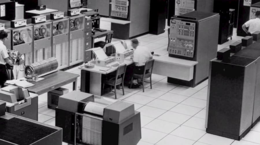 IBM 9020 en un centro de control de tráfico aéreo