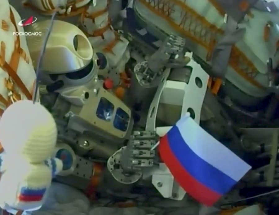 Sbybot en la Soyuz MS-14