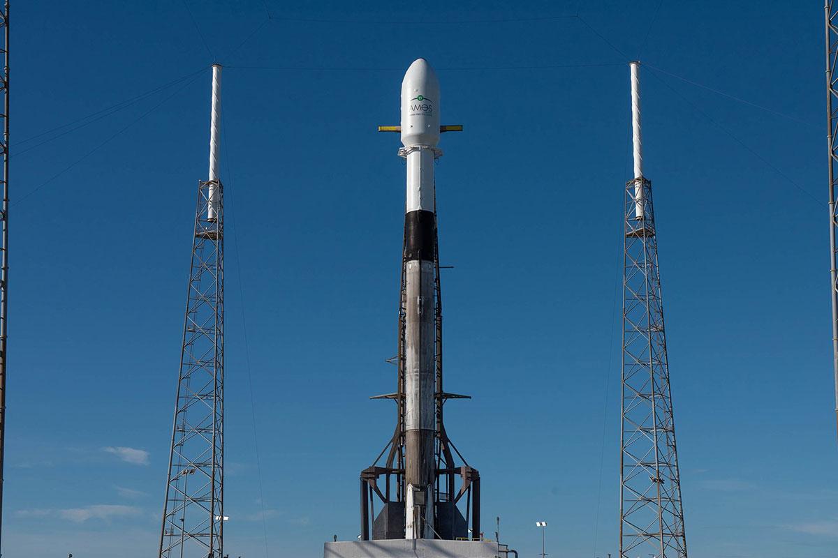 El Falcon 9 en la plataforma
