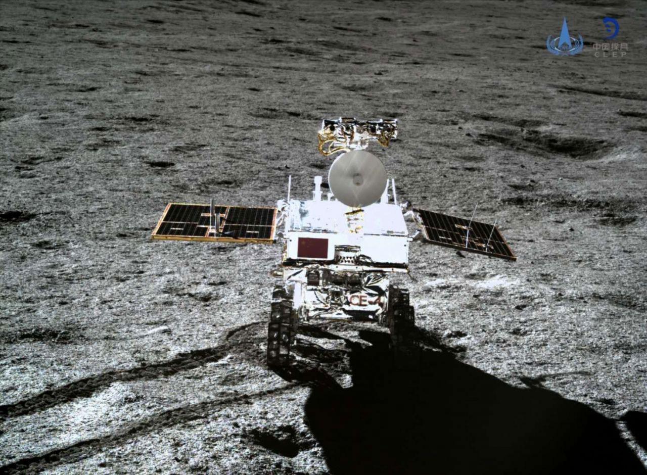 Yutu 2 visto por el aterrizador de la misión