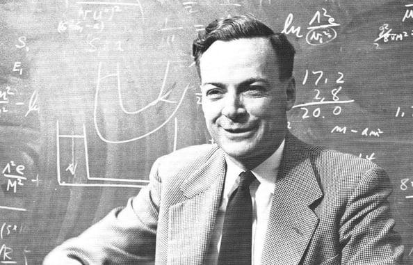 Foto (CC) Richard Feynman, California Institute of Technology (1959) @ Wikimedia