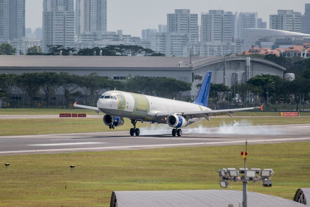 El primer A321P2f aterrizando - Airbus