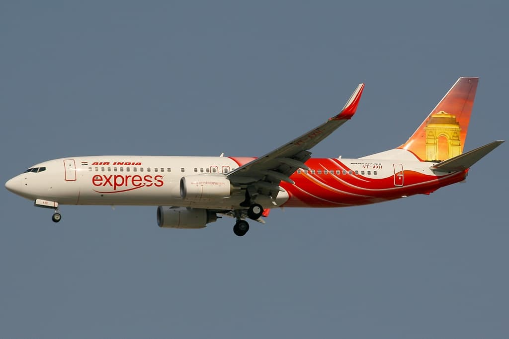 El avión accidentado aterrizando en Dubai en diciembre de 2006 – Konstantin von Wedelstaedt