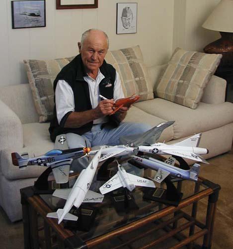 Yeager y algunos de «sus» aviones