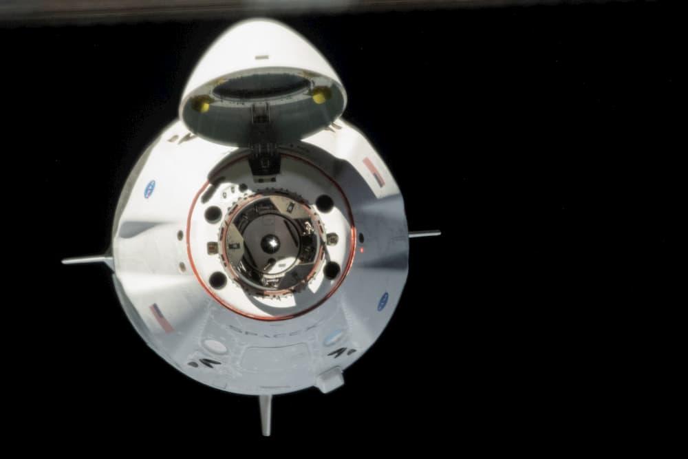 La Crew Dragon Endeavour llegando a la EEI - NASA