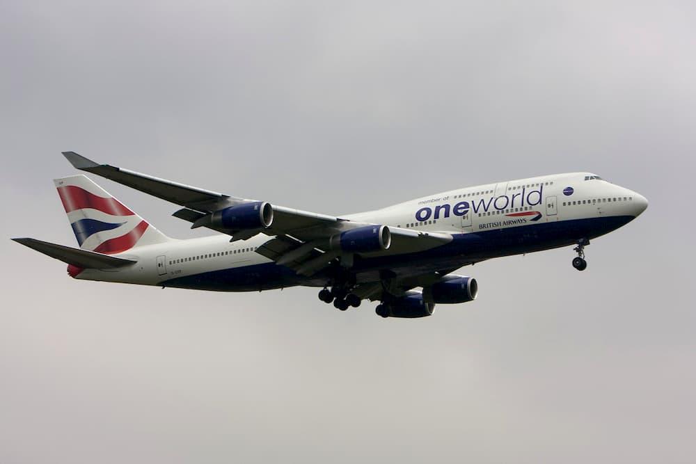 El G-CIVP aterrizando en Londres en 2009 - Wicho