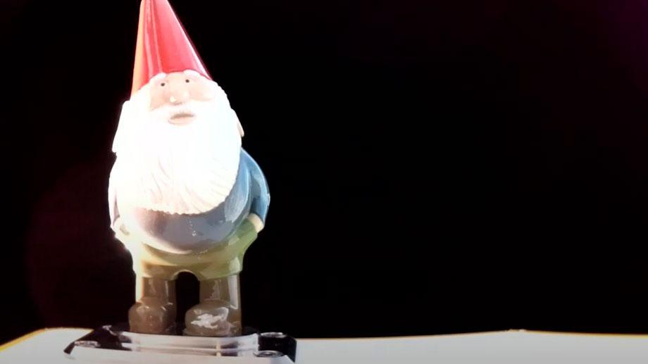 Gnome Chompski en el espacio – Rocket Lab