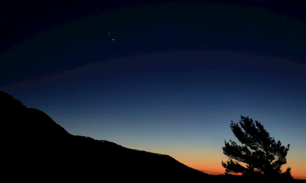 Gran conjunción de Júpiter y Saturno de diciembre de 2020 – NASA/Bill Ingalls