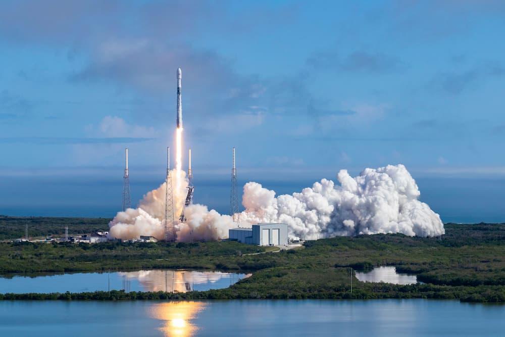 SpaceX ya tiene 302 satélites Starlink en órbita