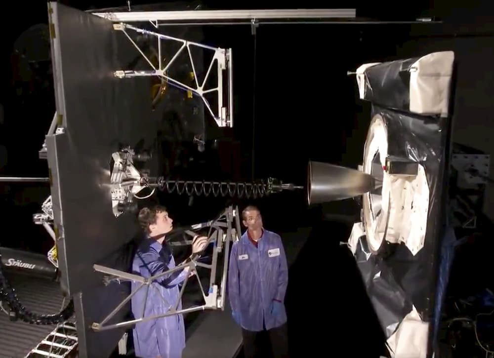 Pruebas en tierra del sistema de captura del MEV-1 – Northrop Grumman