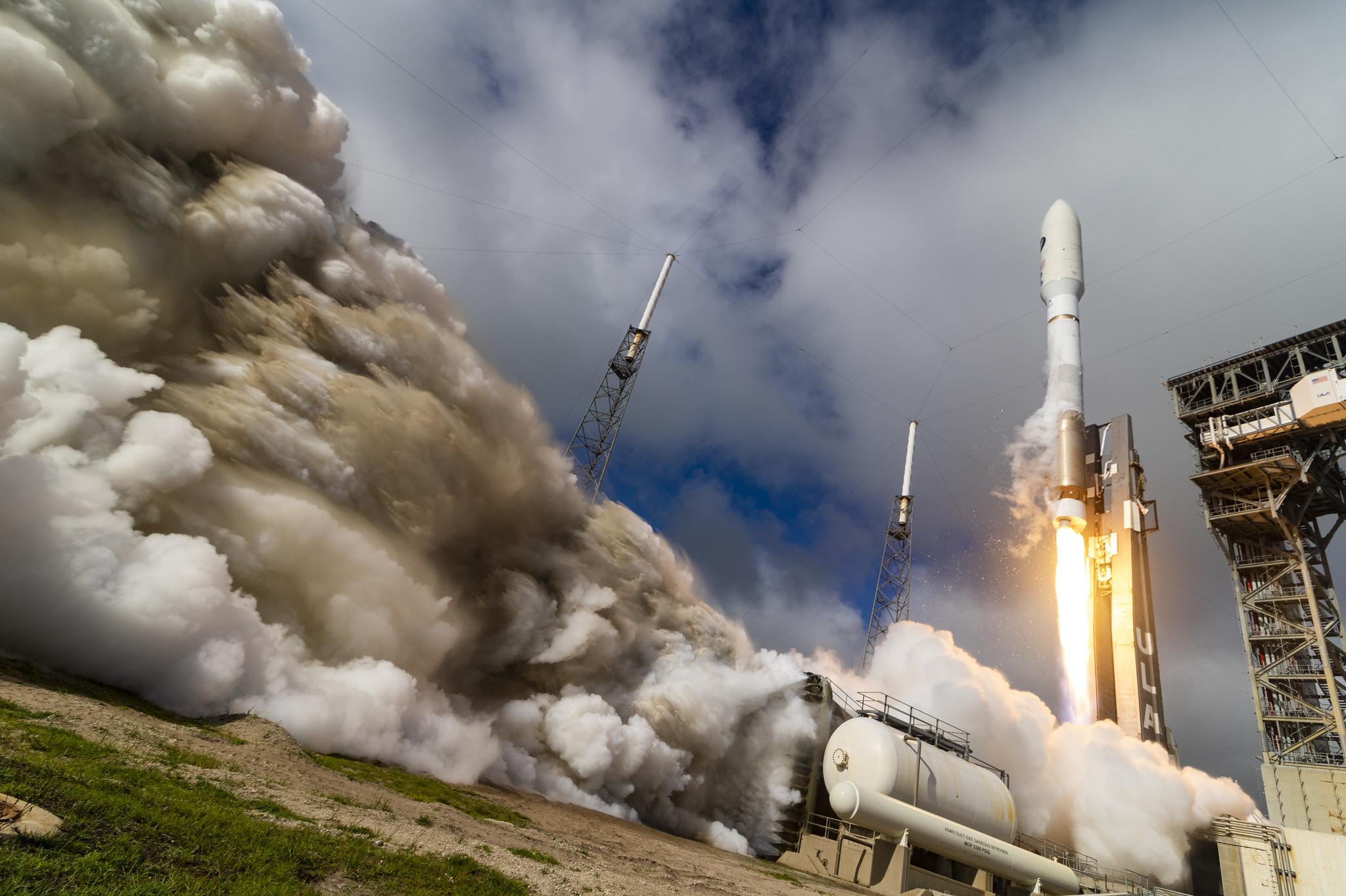 Lanzado el avión espacial X-37B en su sexta misión