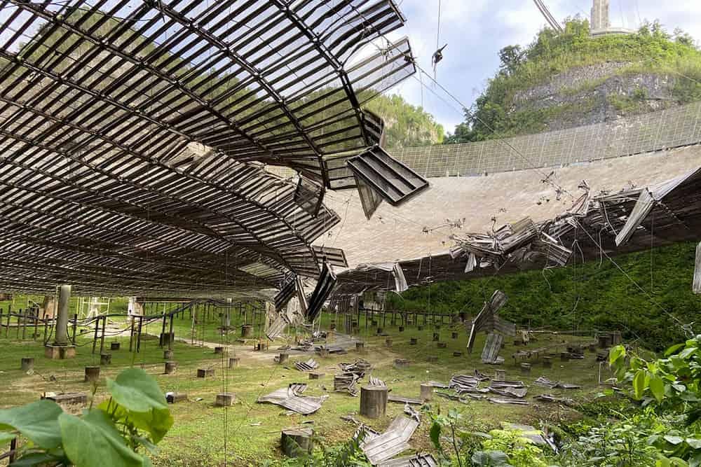 Plato dañado - Universidad de Florida Central