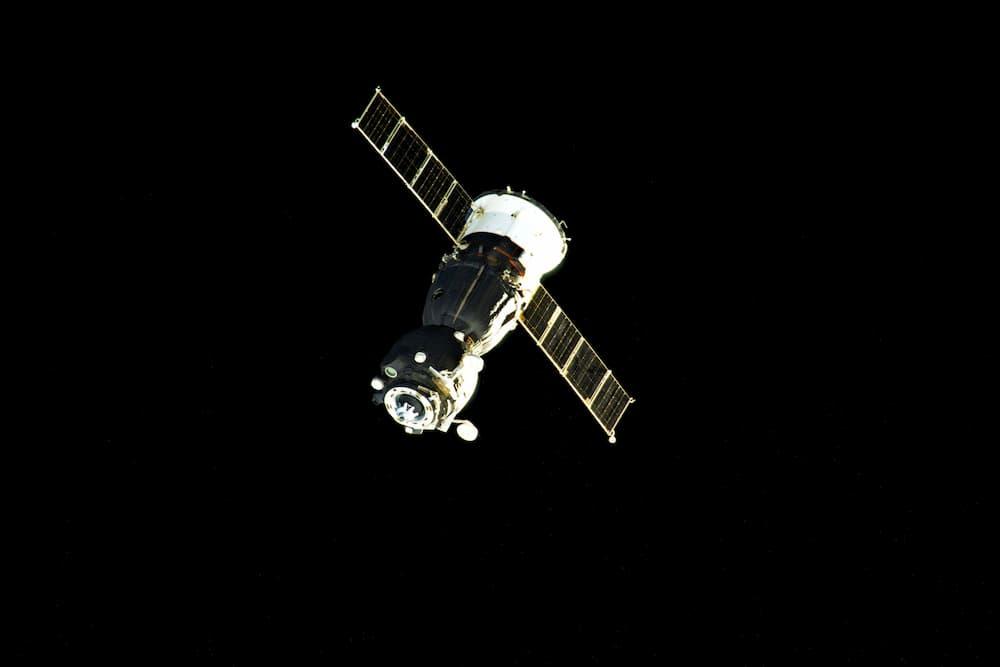 La Soyuz MS-16 a su partida de la EEI - Roscosmos/Sergey Kud-Sverchkov