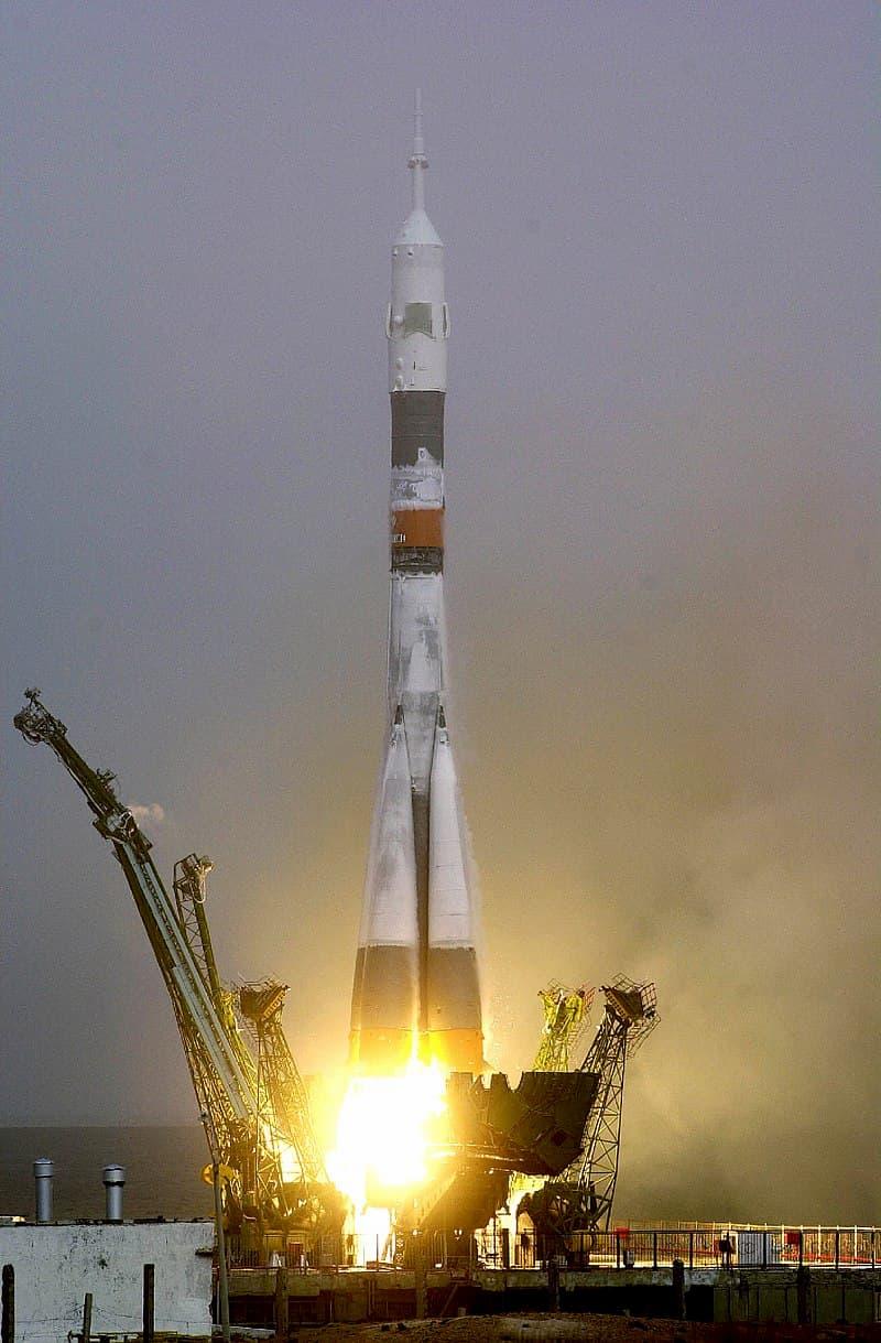 Despegue de la Soyuz TM31 – NASA
