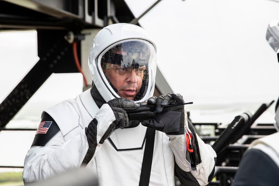 Bob Behnken durante las pruebas – SpaceX