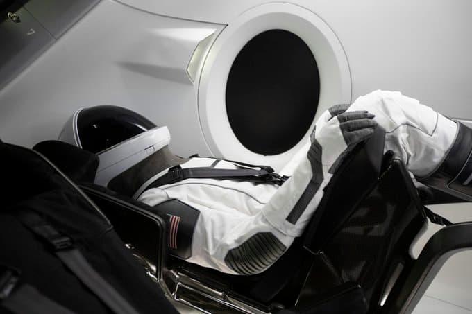 Un tripulante de una Crew Dragon - SpaceX