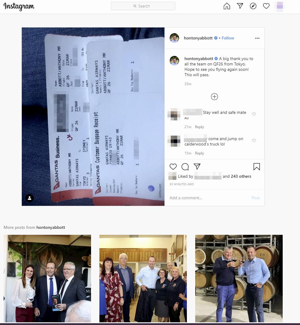 Instagram con la tarjeta de embarque de Tony Abbot, Primer Ministro australiano
