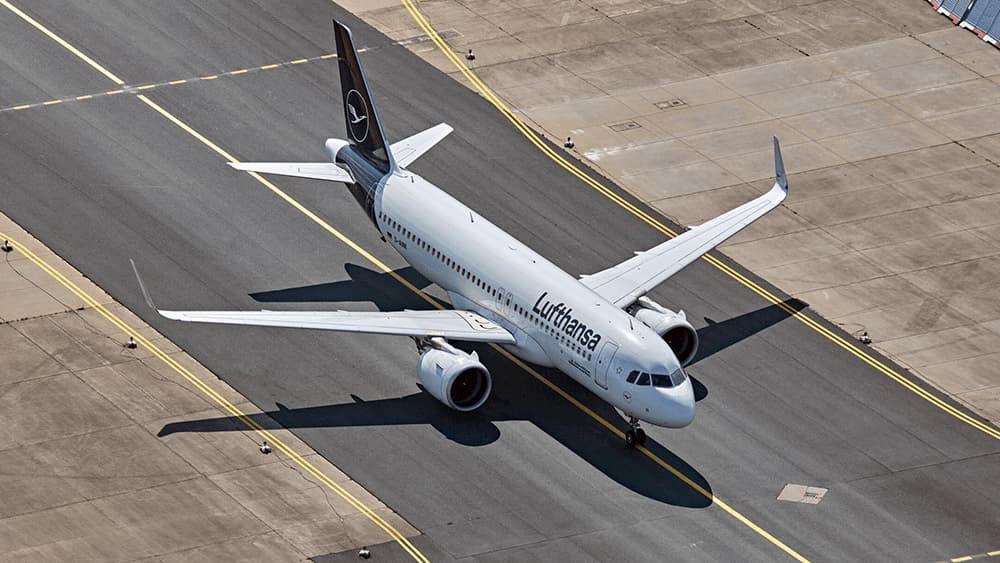 Uno de los A320neo de Lufthansa rodando en un aeropuerto – Lufthansa