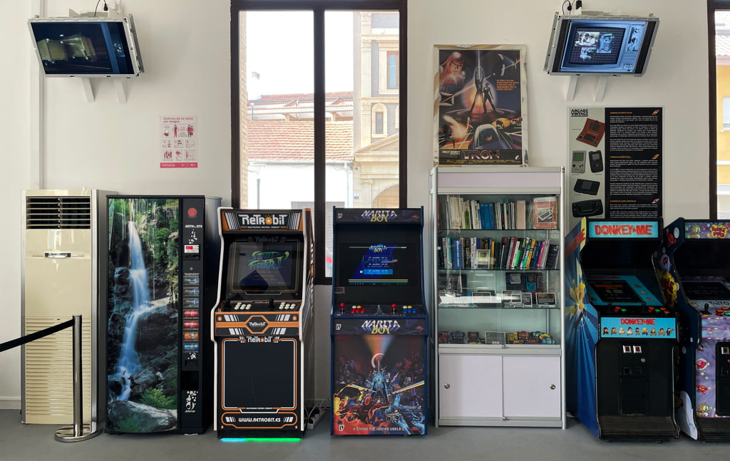 Arcade Vintage (CC) Alvy