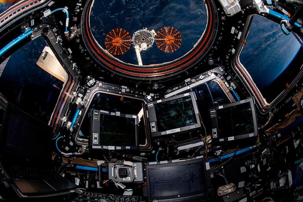 La Cygnus 15 a su partida de la EEI vista desde la Cúpula – NASA