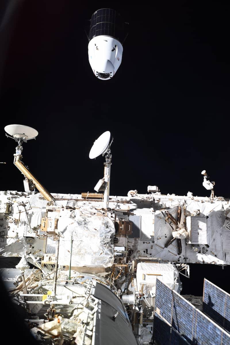 La Dragon 22 a su partida de la EEI – Thomas Pesquet/ESA