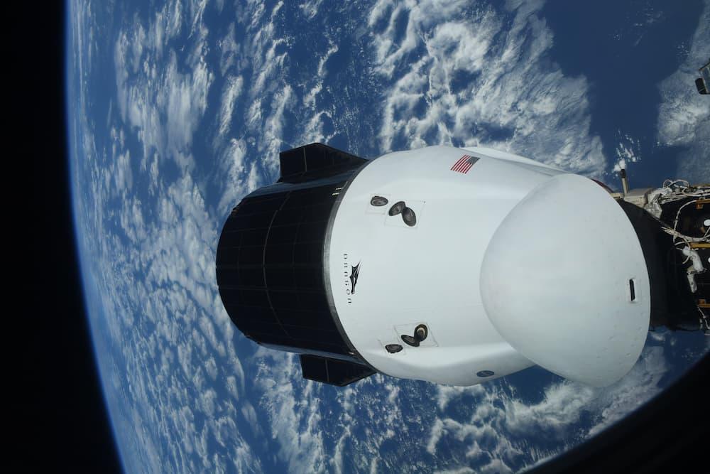 La Dragon 23 antes de su partida de la EEI – NASA/Shane Kimbrough