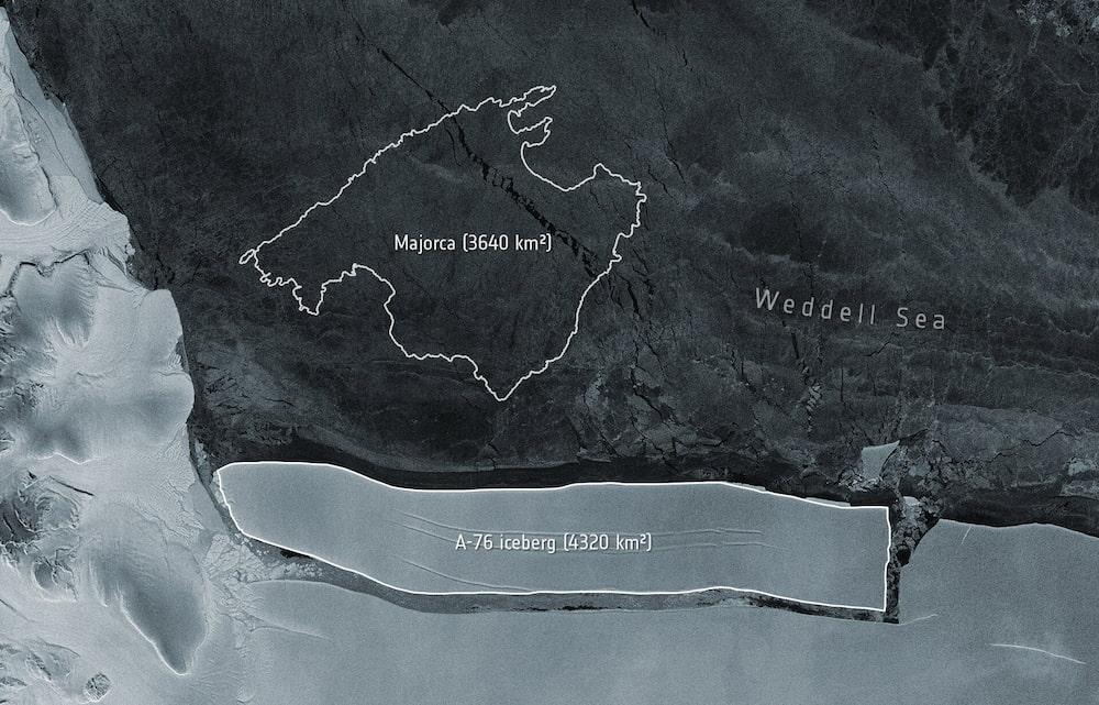 ESA - Meet the world's largest iceberg