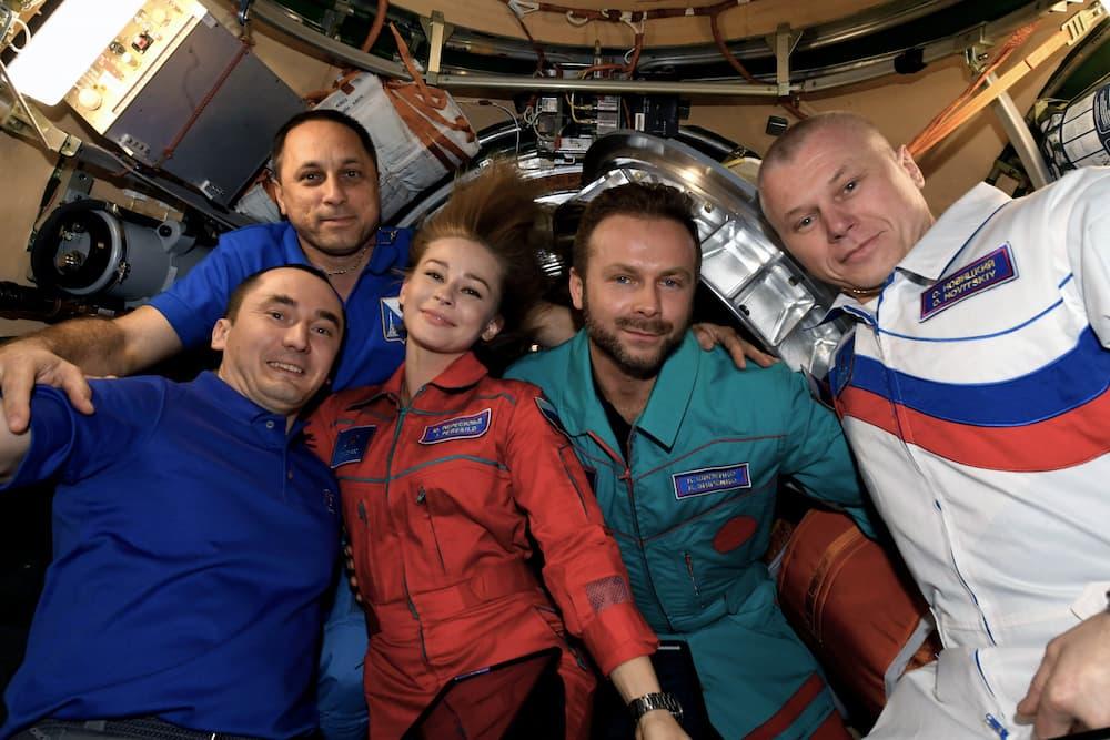 Peresild, Shipenko y Novitsky antes de partir de la EEI – Anton Shkaplerov/Roscosmos