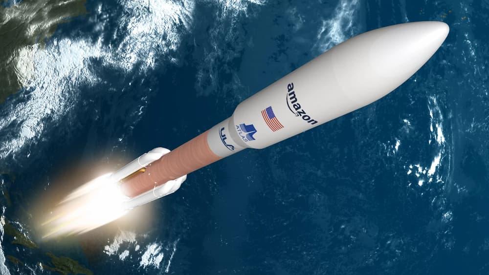Impresión artística de un lanzamiento de satélites Kuiper en un Atlas V – Amazon/ULA