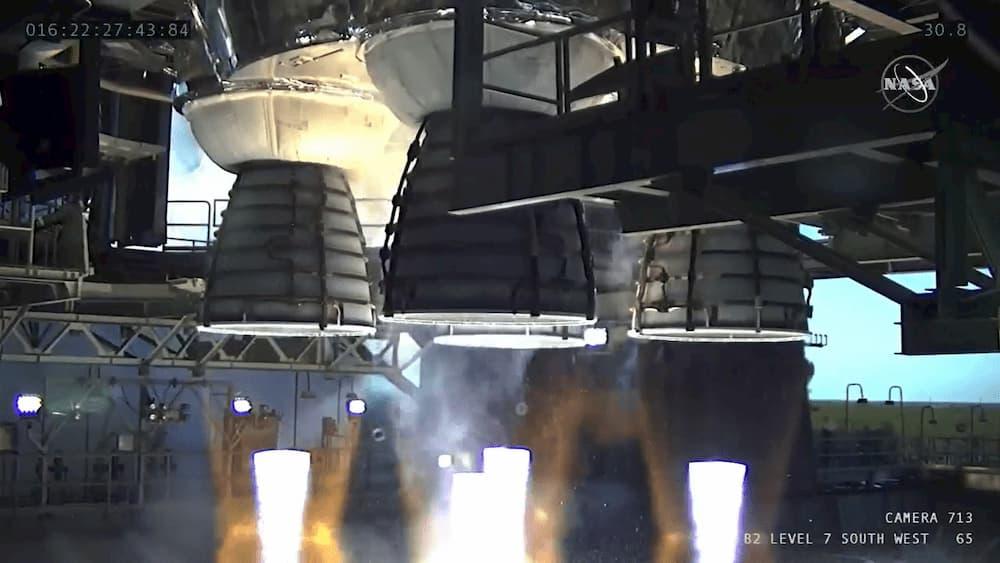 Los cuatro motores en funcionamiento – NASA TV