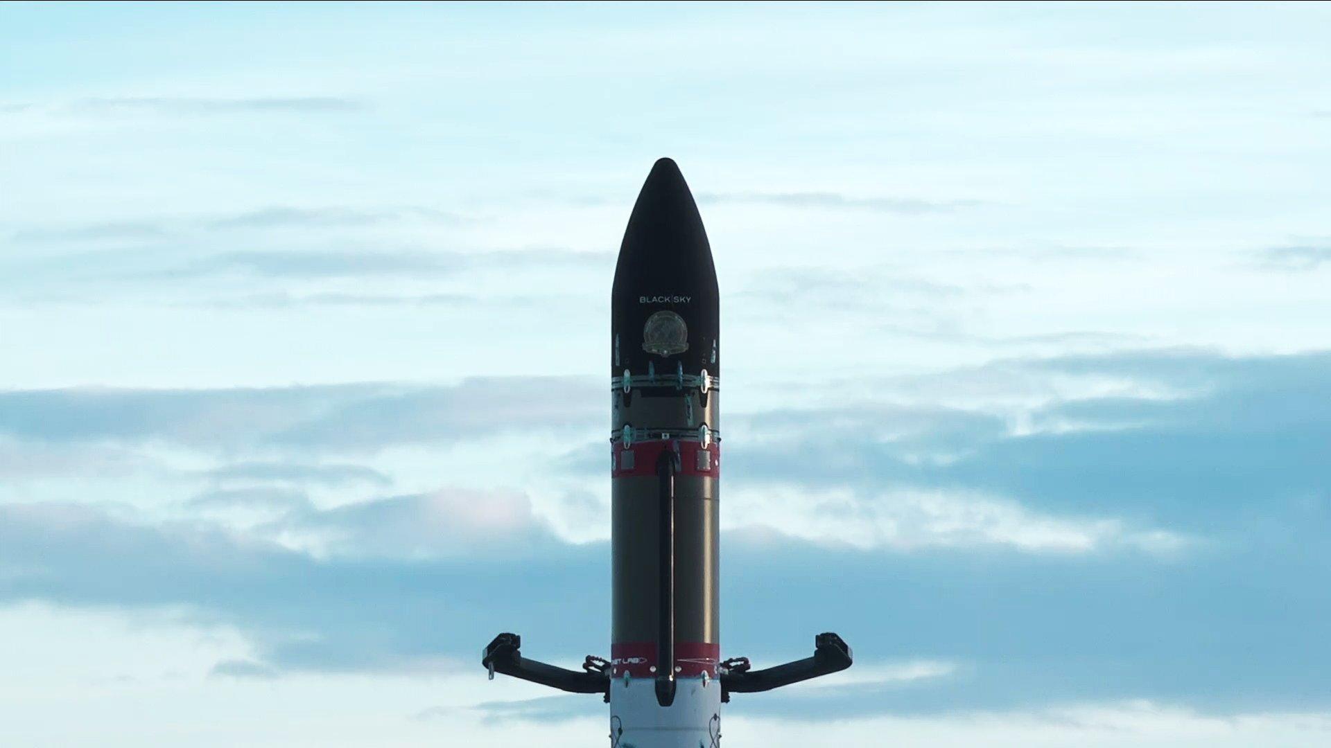 El Running Out Of Toes en la plataforma de lanzamiento – Rocket Lab