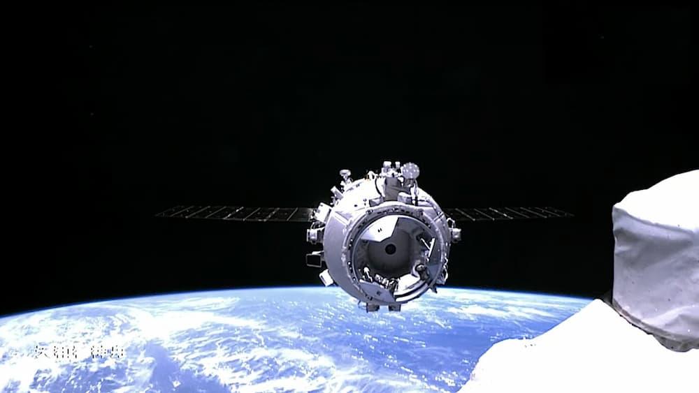 La Shenzhou 12 a punto de acoplarse - CNSA
