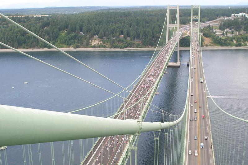 Gran Apertura del Puente Tacoma Narrows CC) Noel Brady para el WSDOT