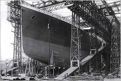 Foto: El Titanic, en el dique de construcción / The Ulster Folk and Transport Museum / H1560