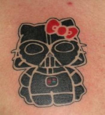 Tatuaje Hello Kitty / Vader